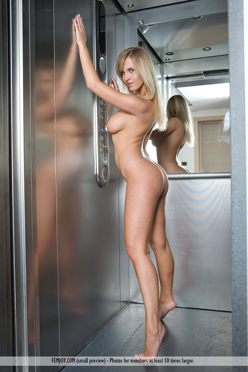magdalene-boobs-elevator-nude-femjoy-11