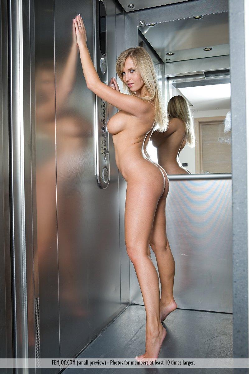 top boob galleries pictures