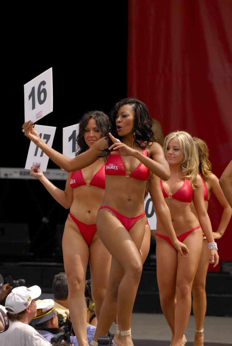 Chin bikini contest 2018