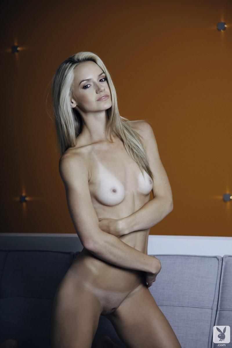 chloe-miranda-sofa-nude-playboy-31