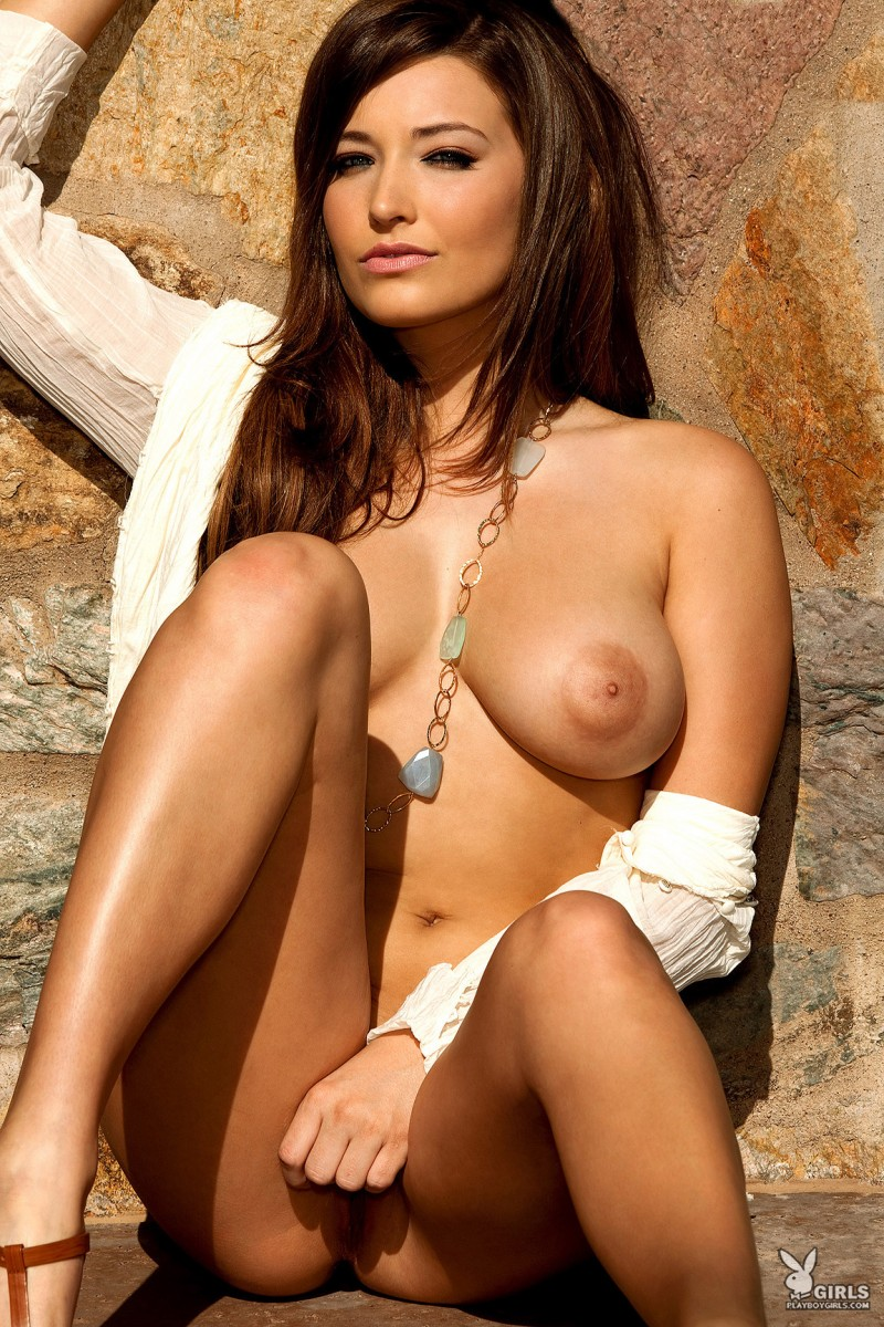 christine-veronica-coed-playboy-05