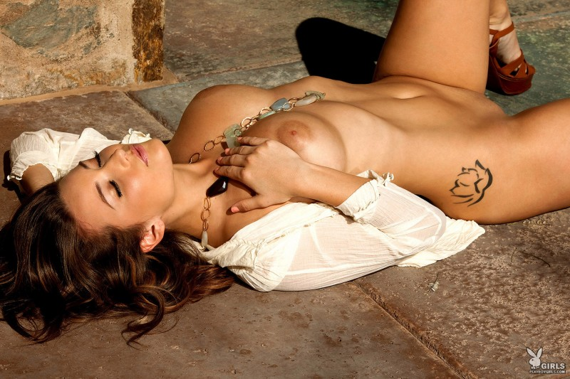 christine-veronica-coed-playboy-15