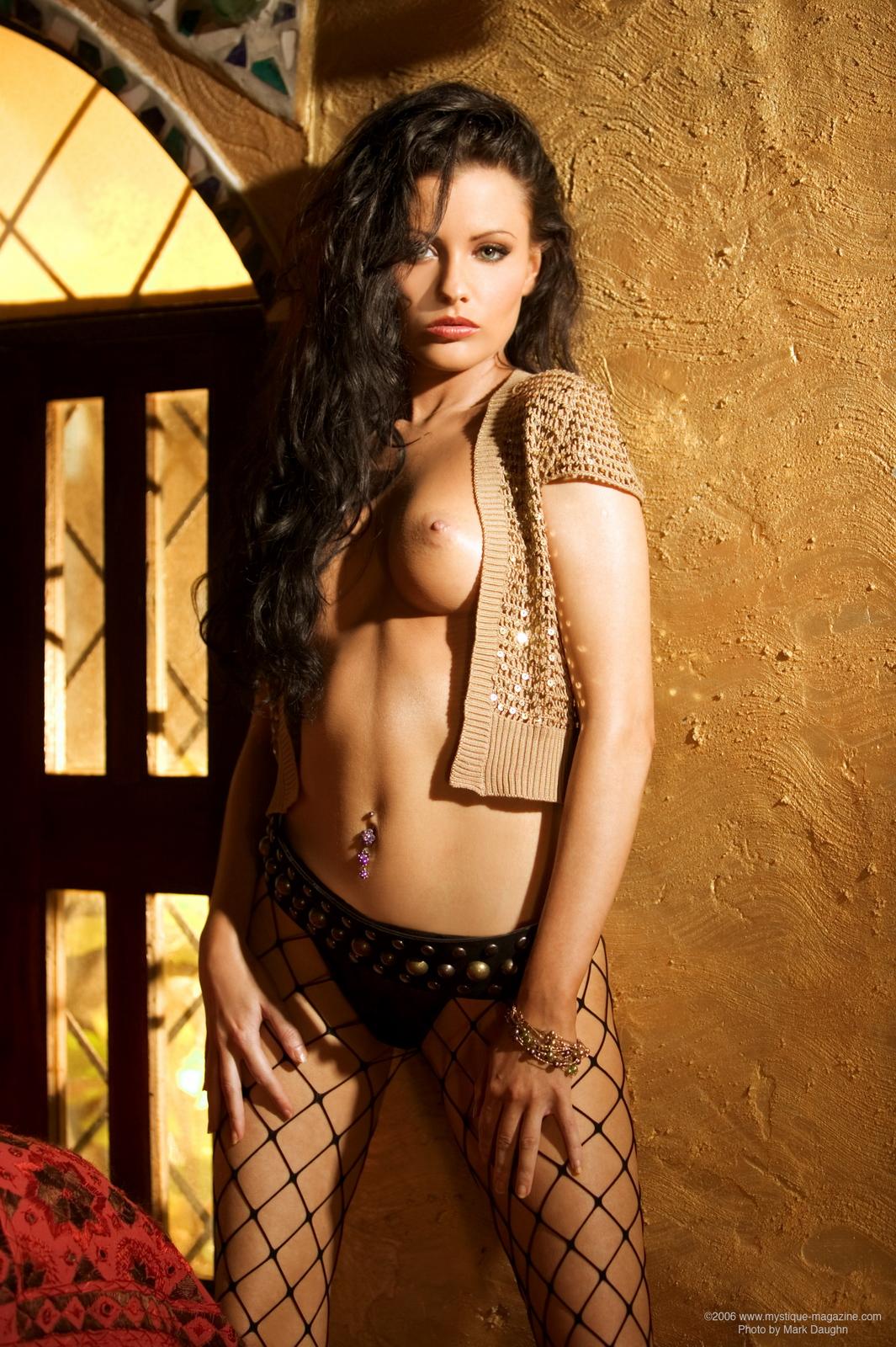 chrystal-lee-fishnet-pantyhose-naked-mystique-magazine-05