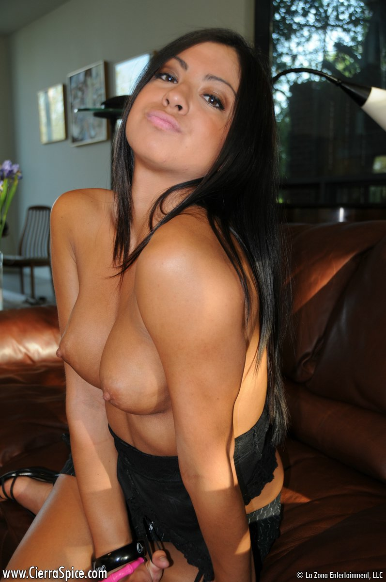 cierra-spice-leather-couch-nude-09