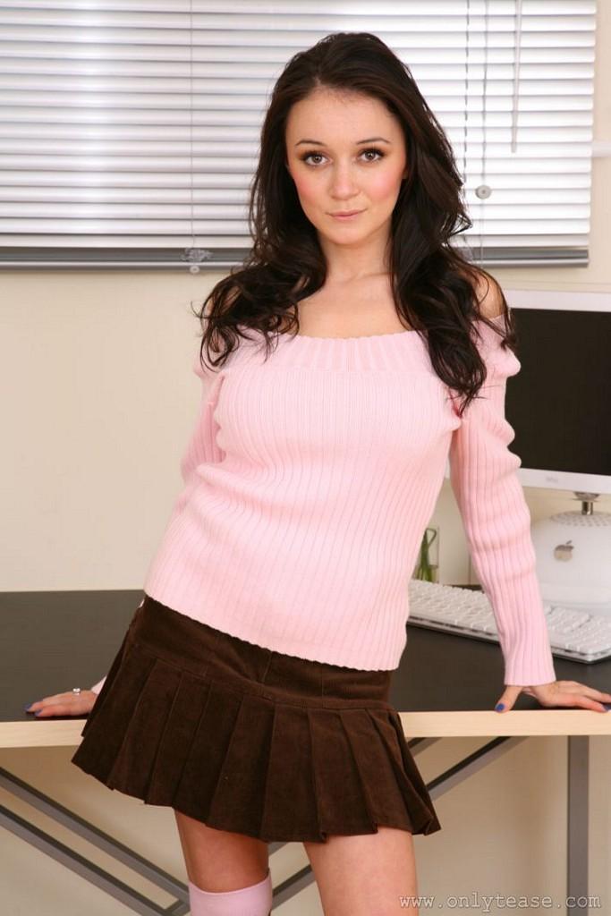 clair-meek-socks-pink-sweater-boobs-onlytease-02