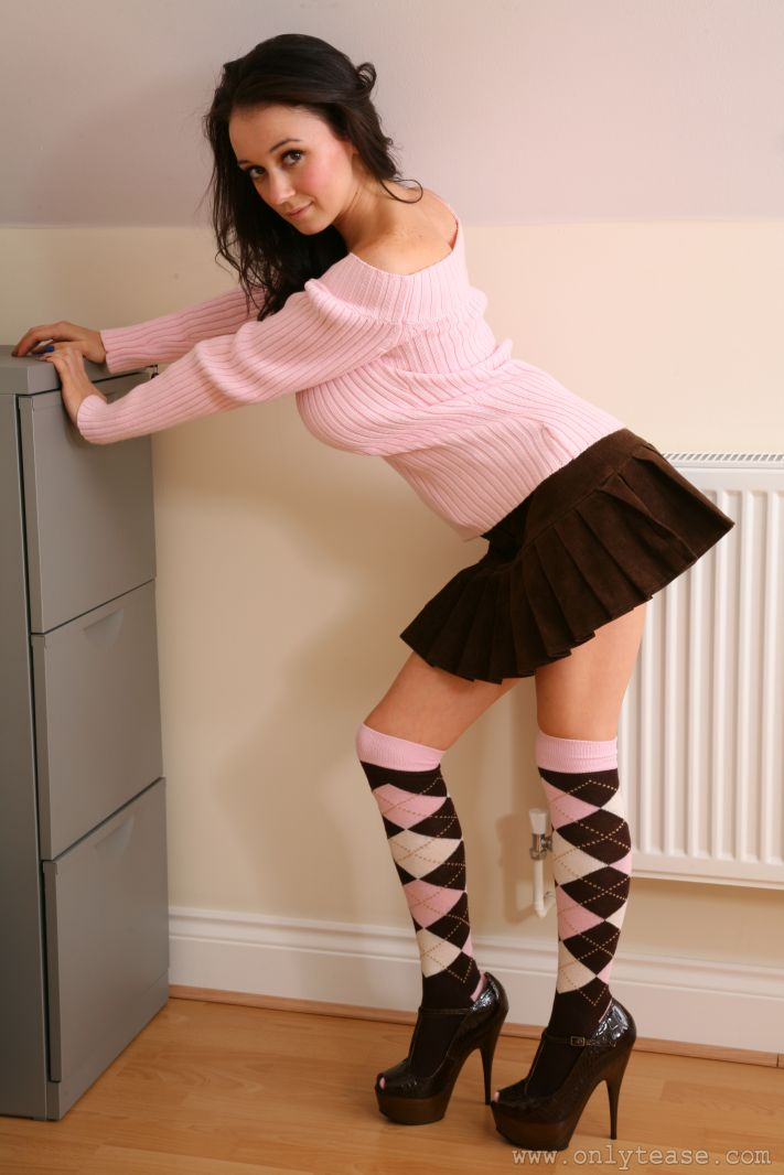 clair-meek-socks-pink-sweater-boobs-onlytease-07