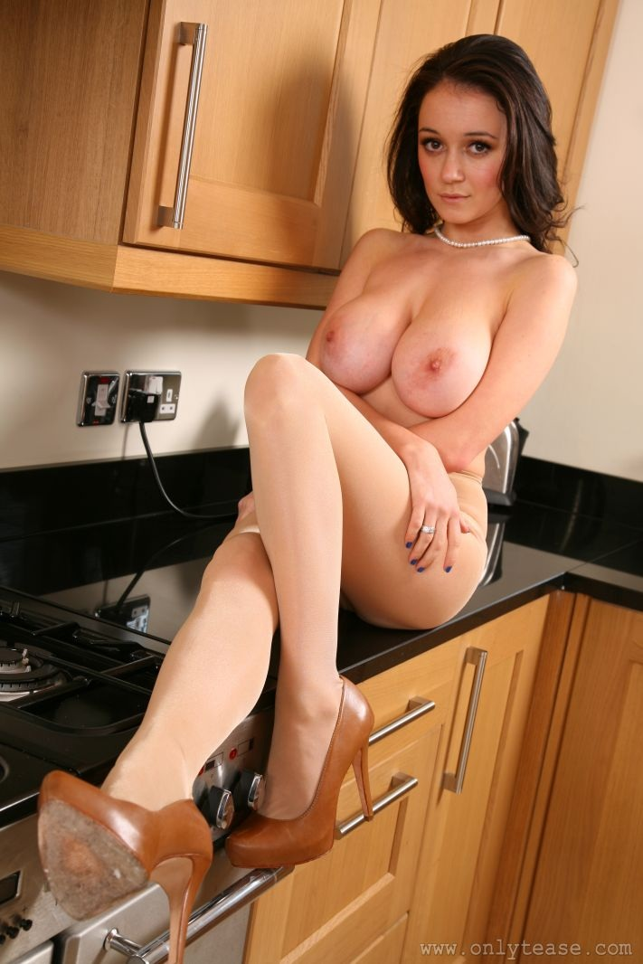 clair-meek-kitchen-pantyhose-onlytease-17