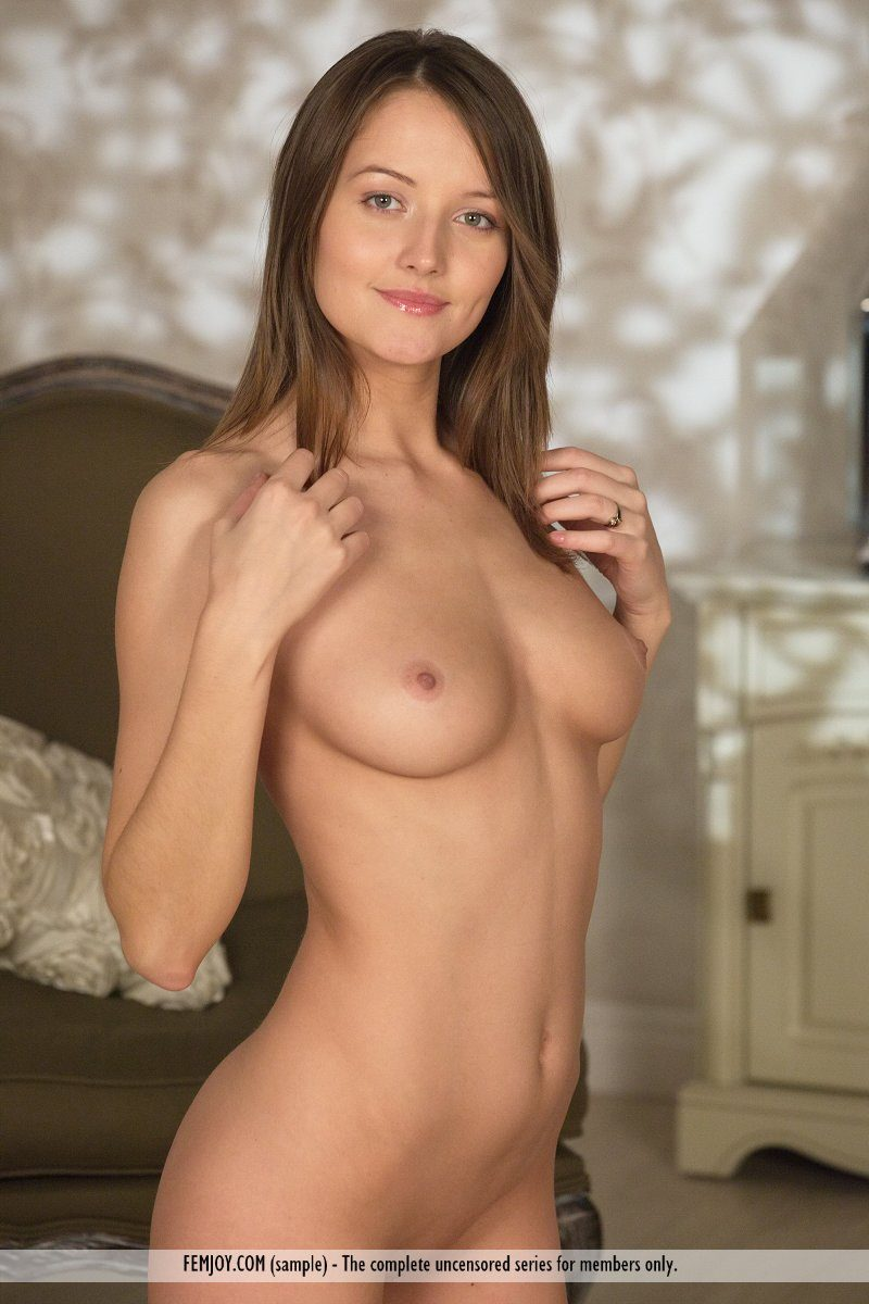 barbara-e-czech-model-nude-femjoy-10