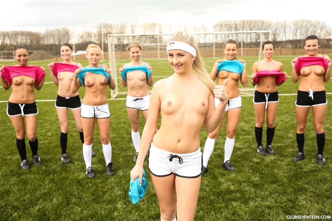 nude girls Young soccer