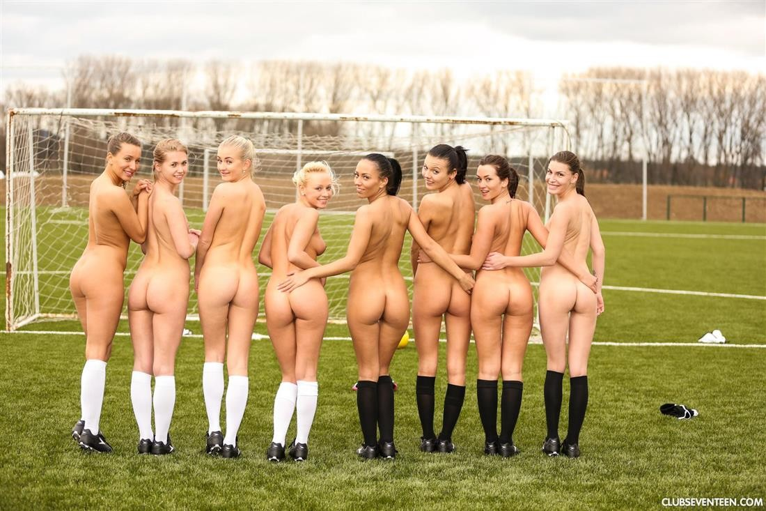 naked ladies playing football