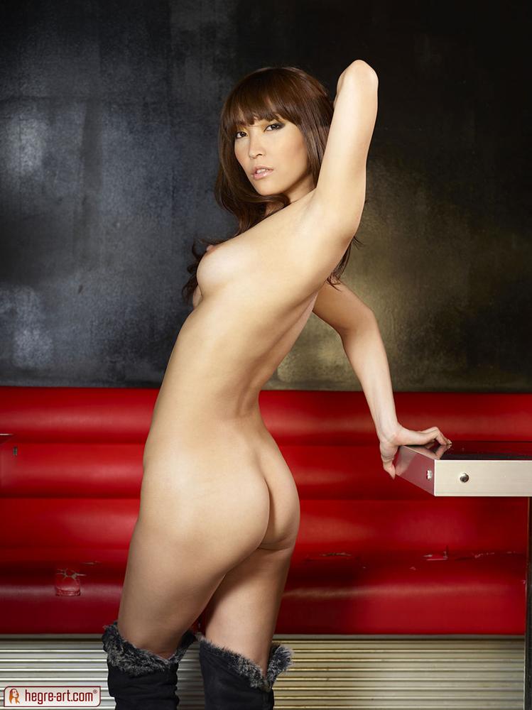 nude Cocomi sakura