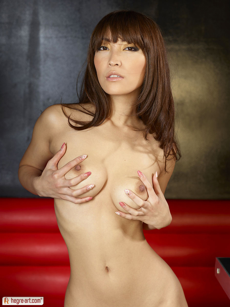 cocomi-sakura-nude-hegre-art-14