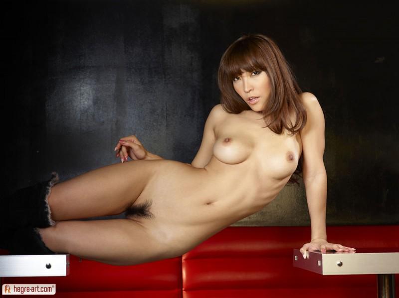 cocomi-sakura-nude-hegre-art-18