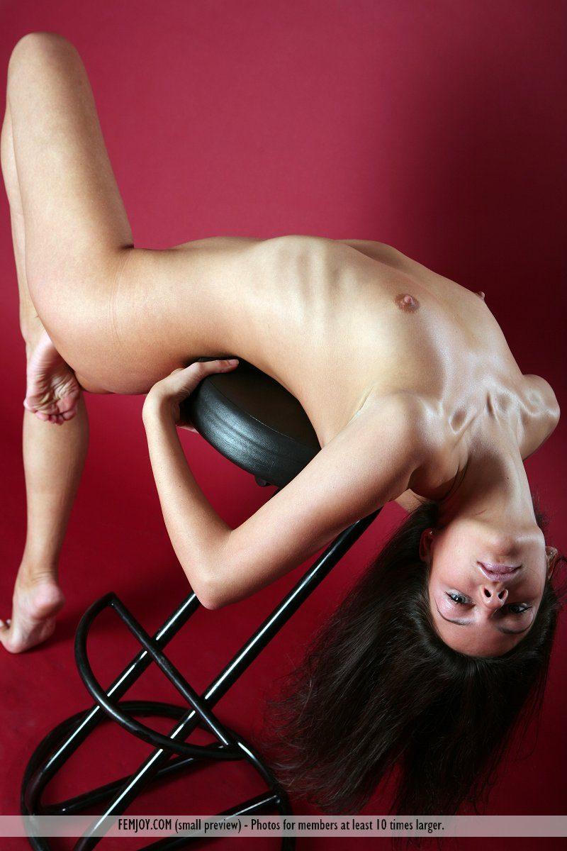 irina-bar-stool-nude-femjoy-05