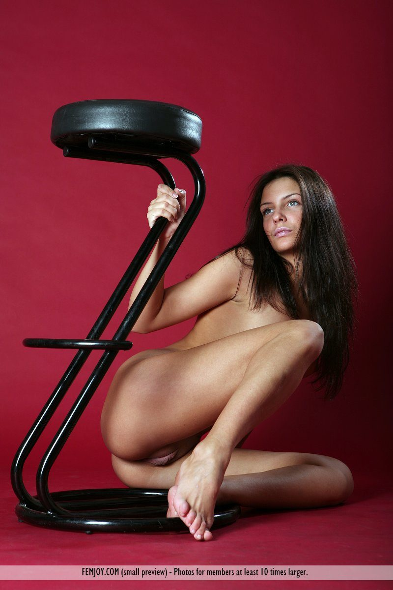 irina-bar-stool-nude-femjoy-15