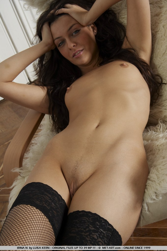 irina-n-black-stockings-met-art-06