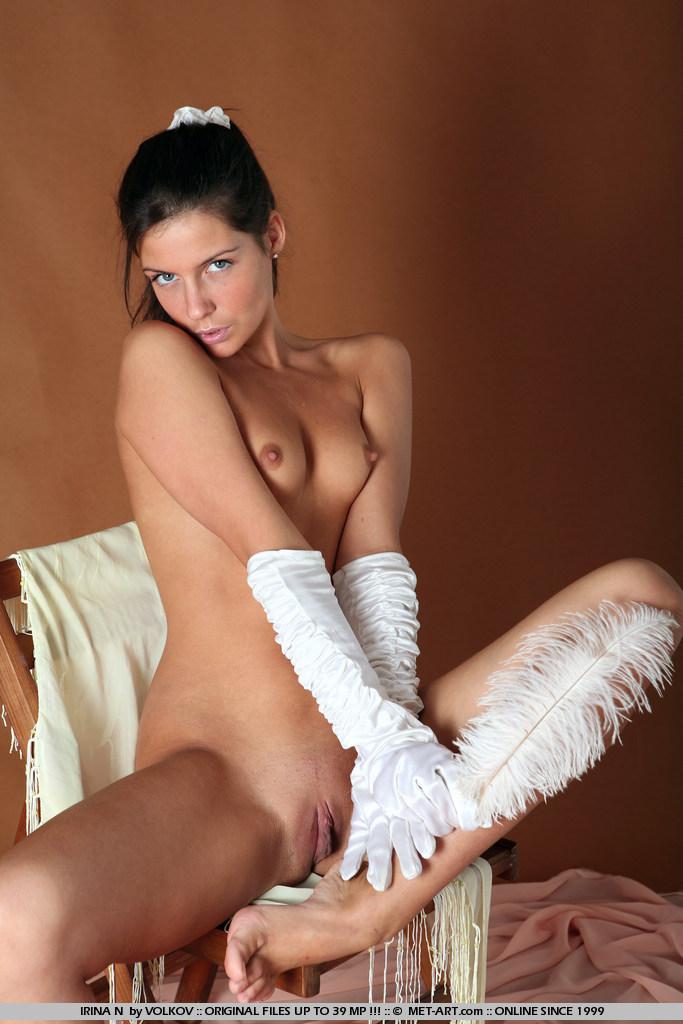 irina-n-gloves-met-art-01