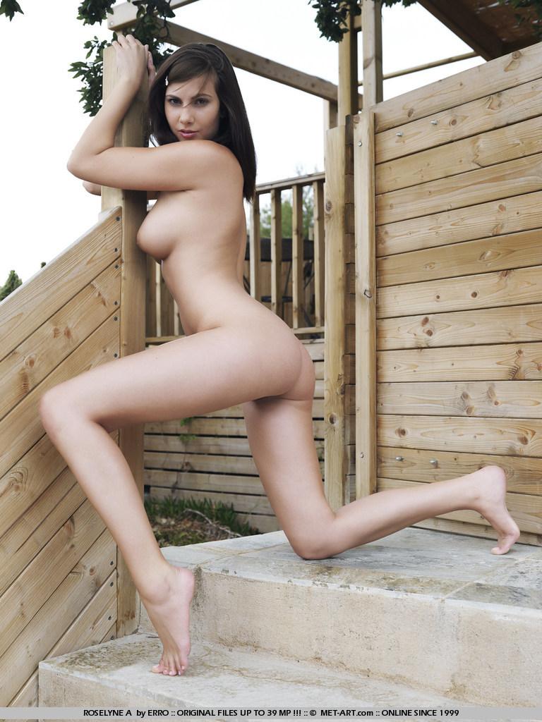 roselyne-a-naked-met-art-09