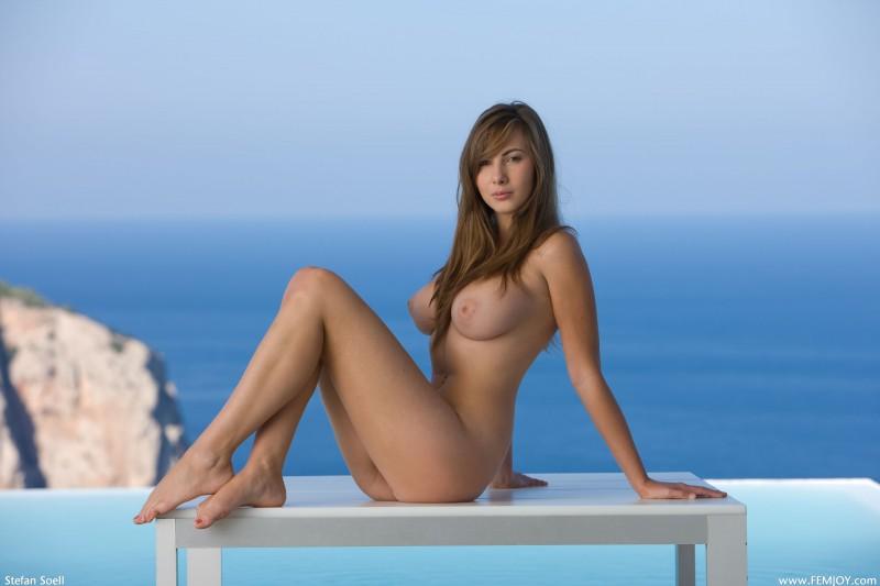 josephine-the-view-nude-femjoy-13