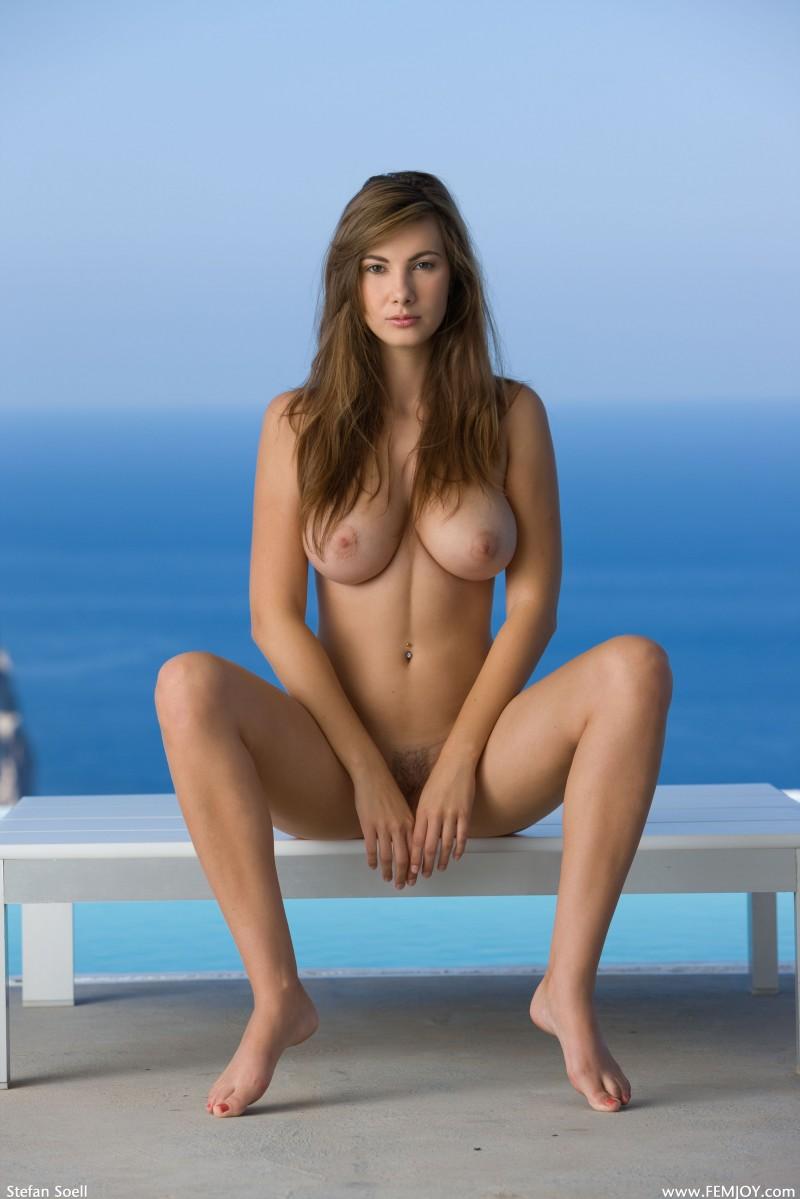 josephine-the-view-nude-femjoy-14