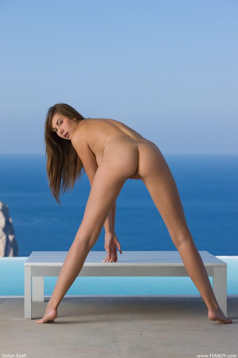josephine-the-view-nude-femjoy-17