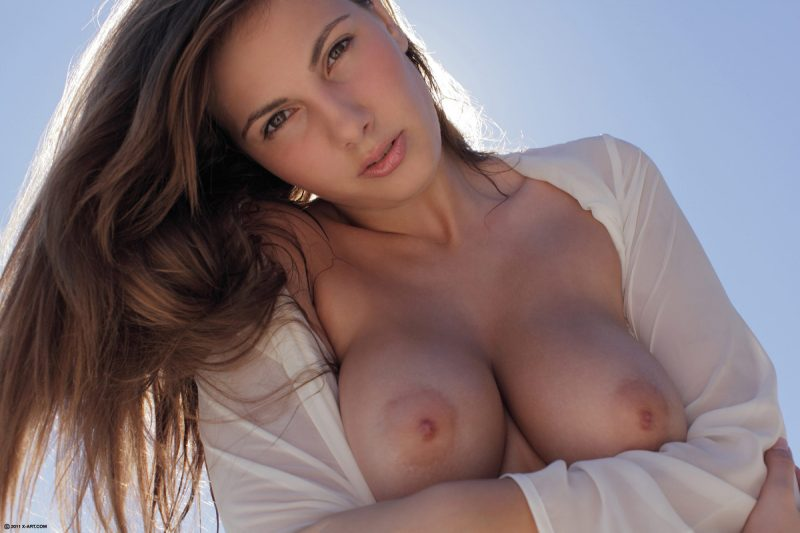 connie-dreamy-pleasure-xart-11