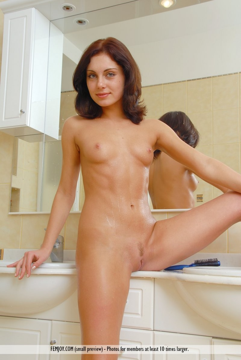iraqi nude girls gallery