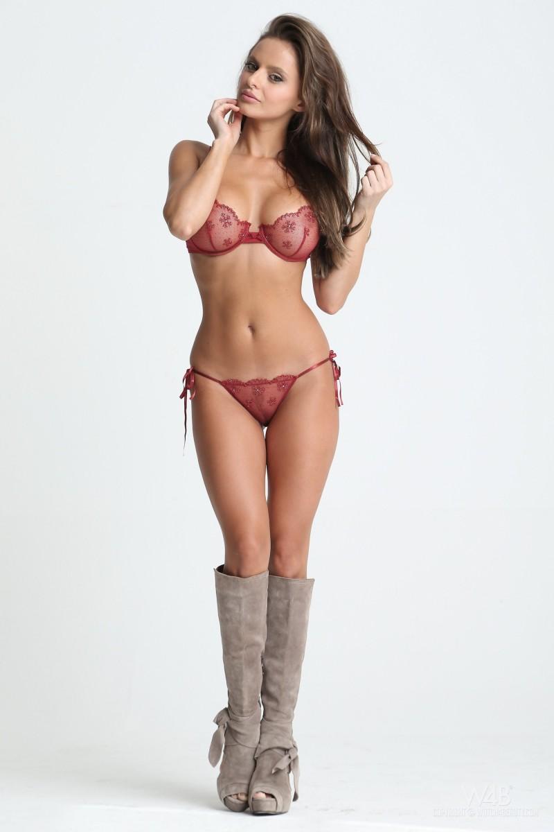 dana-harem-casting-lingerie-watch4beauty-01