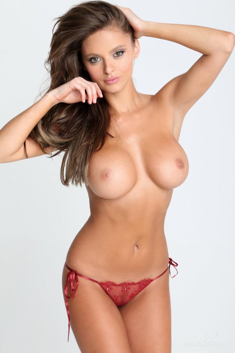 dana-harem-casting-lingerie-watch4beauty-08