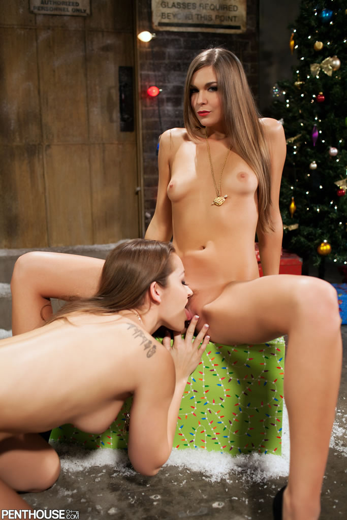 dani-daniels-adrienne-manning-christmas-nude-penthouse-13