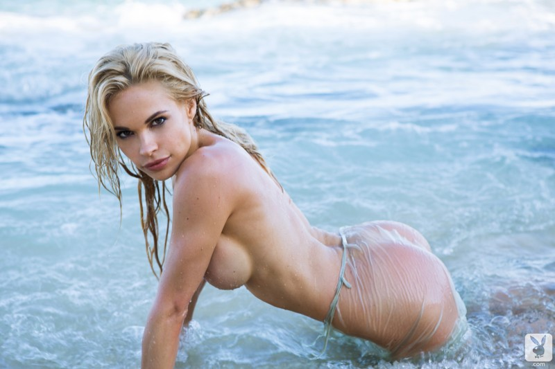 dani-mathers-beach-nude-playboy-19