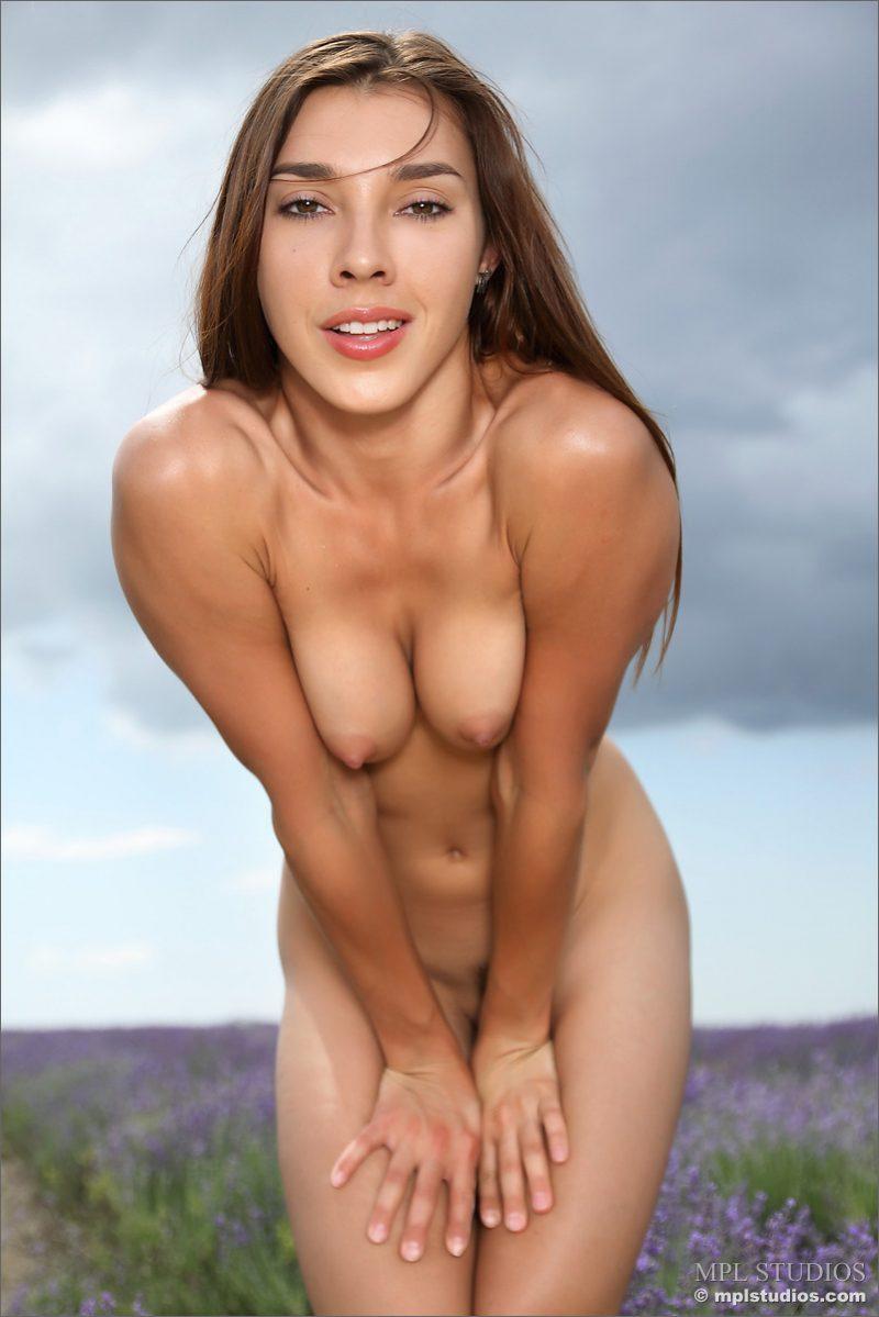 sabrina-field-lavender-nude-mplstudios-07