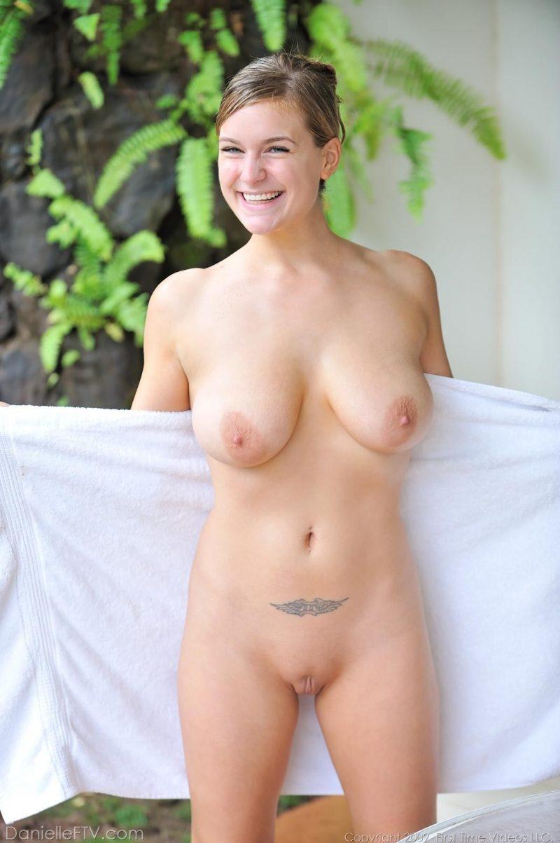 you tube nude girls