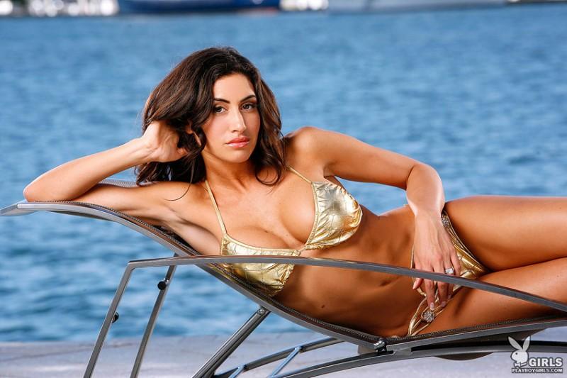 danielle-fornarelli-bikini-playboy-01