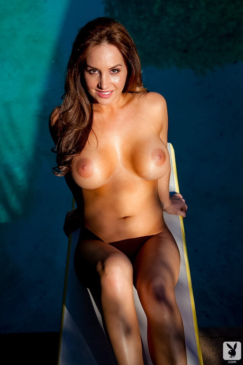 danielle-robinson-pool-playboy-33