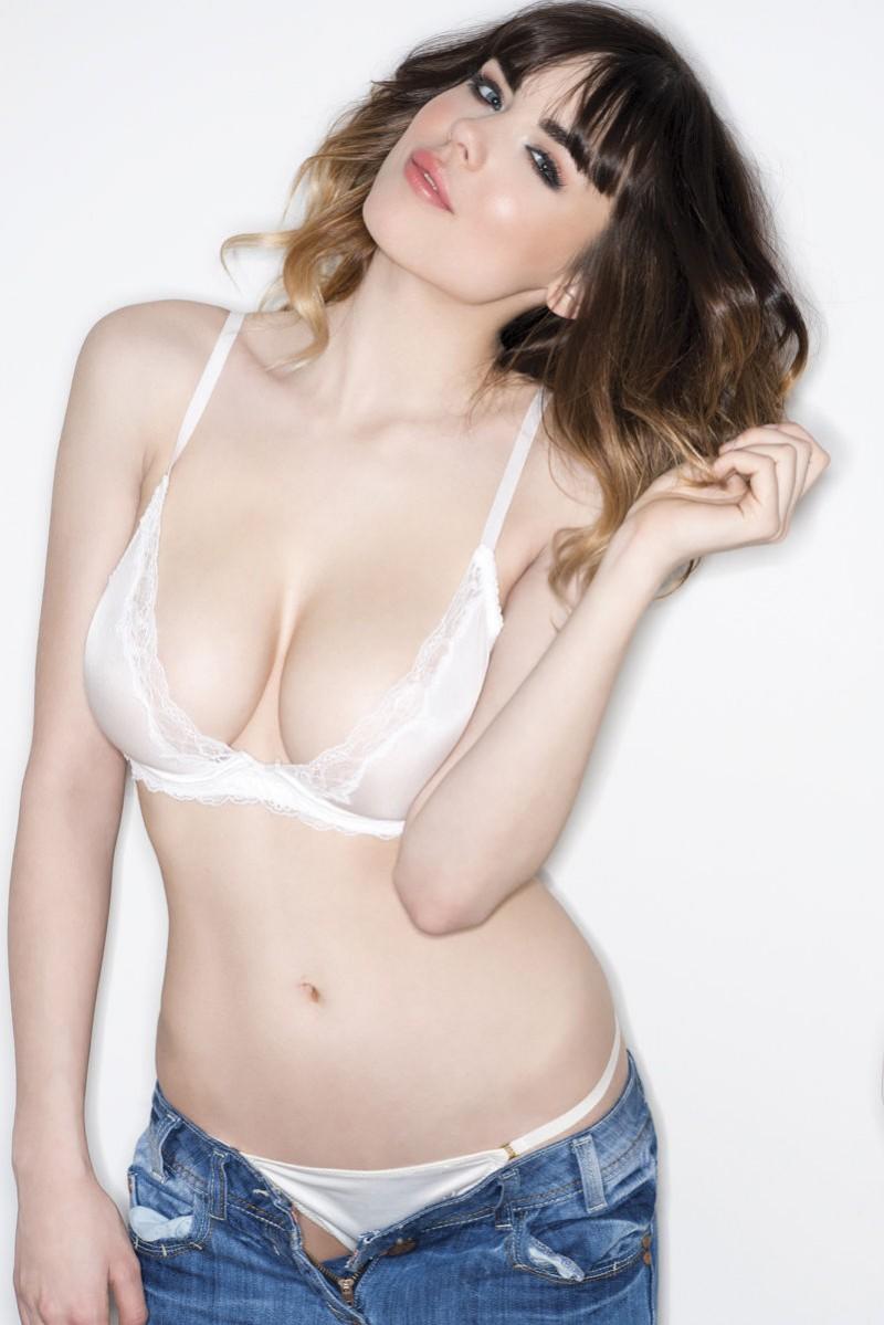 danielle-sharp-boobs-topless-nuts-magazine-11