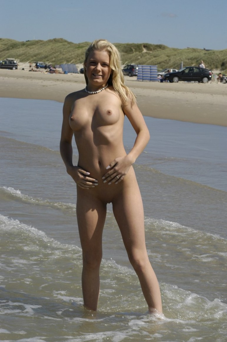 Girl elvenes danish september naked elbe
