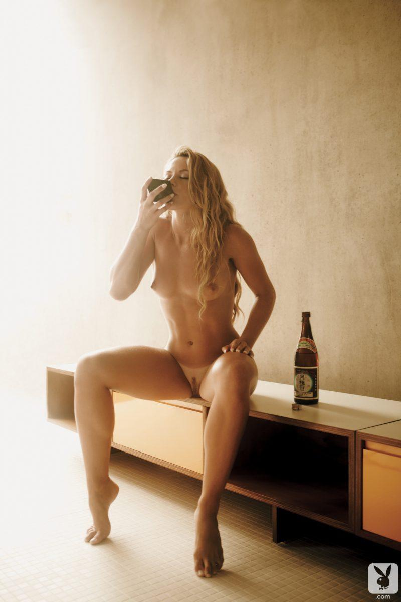 dany-giehl-nude-brazil-rio-playboy-02