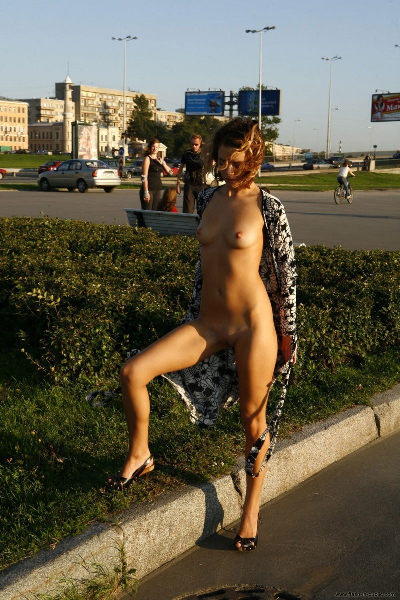 daria-flash-in-public-18