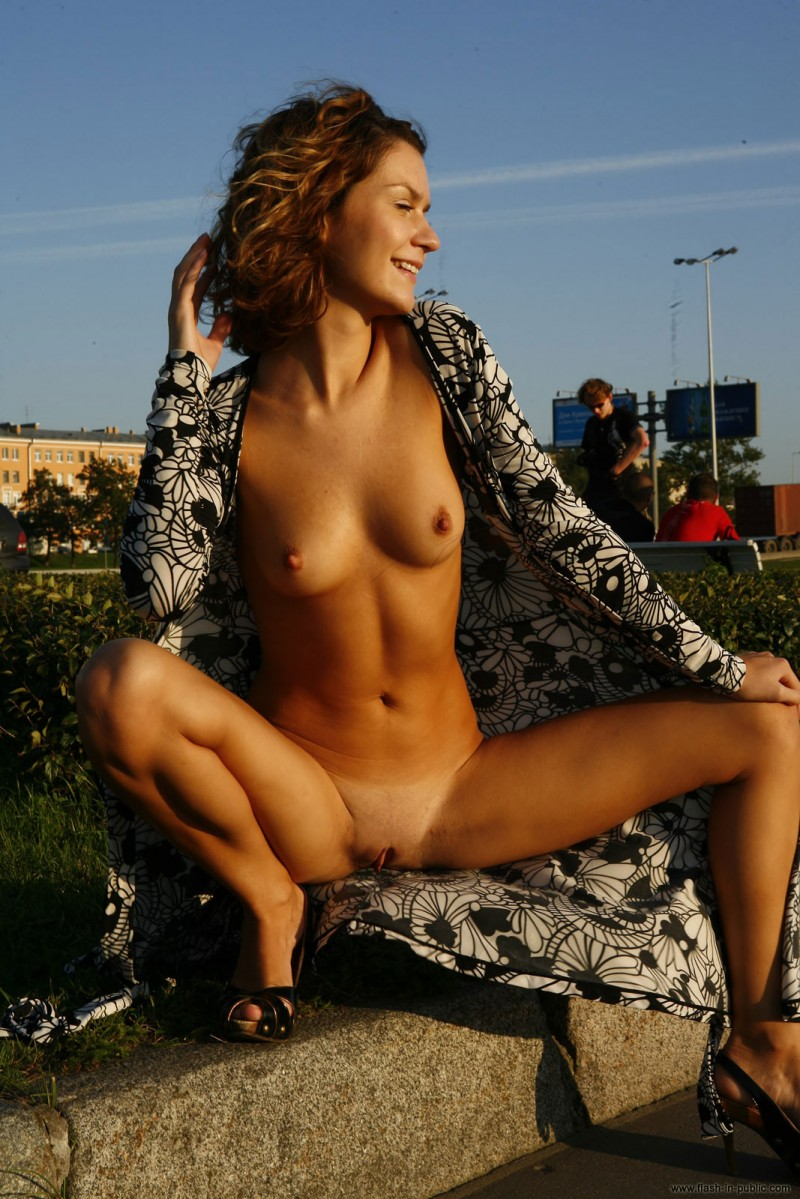 daria-flash-in-public-19
