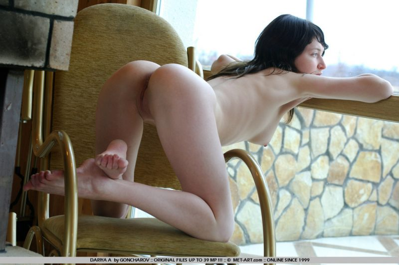 dariya-a-rocking-chair-metart-07