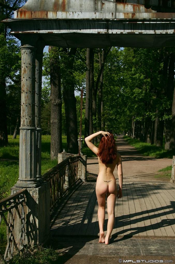 daria-nude-st-petersburg-mplstudios-23