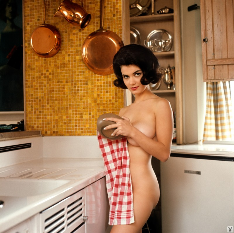 delores-wells-miss-june-1960-playboy-09