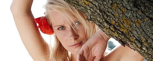 Denisa Markova – Flower in her hair