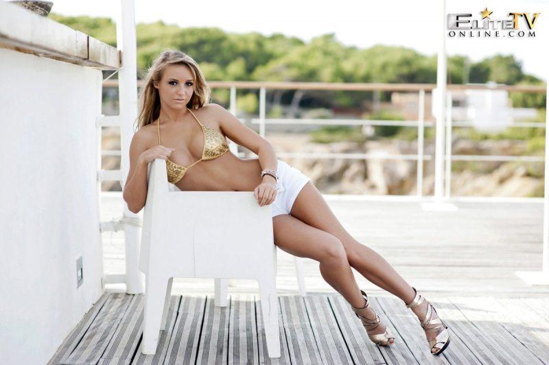 dionne-daniels-golden-bikini-elitetv-online-05