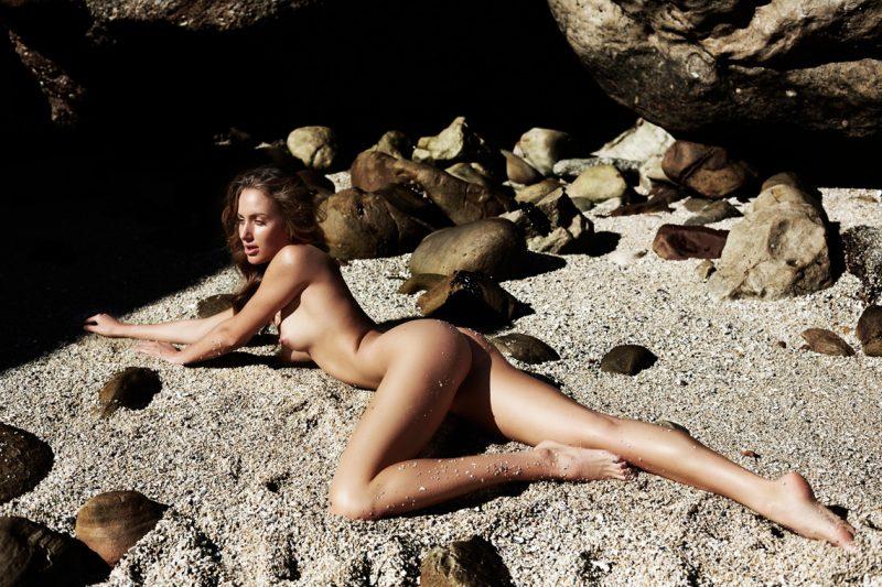 dominique-lamon-vaughan-treyvellan-yume-2016-nude-03