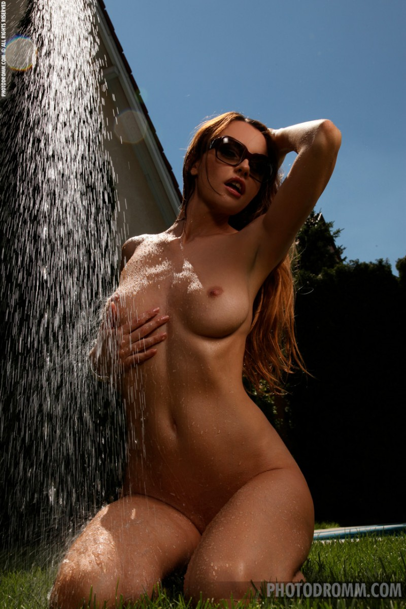 elizabeth-garden-shower-photodromm-07