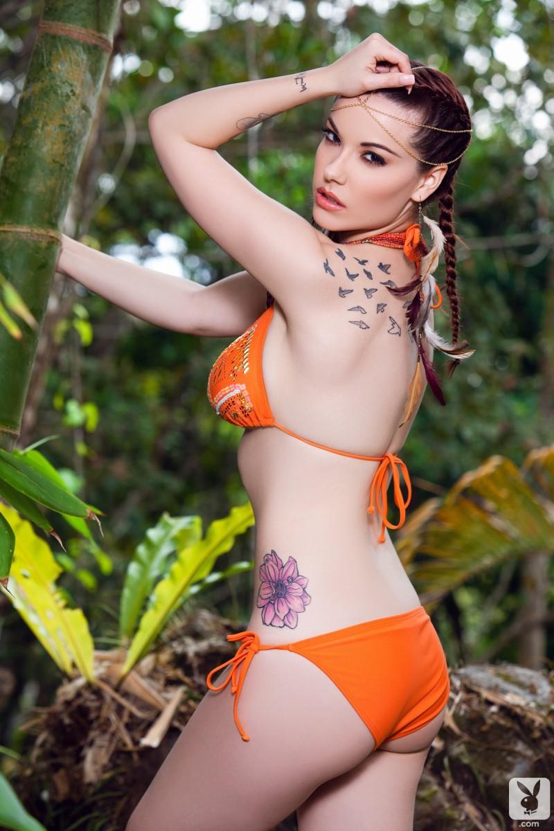elizabeth-marxs-bikini-nude-tropics-playboy-03