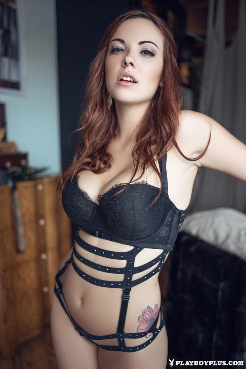 elizabeth-marxs-fantasy-lingerie-nude-playboy-02