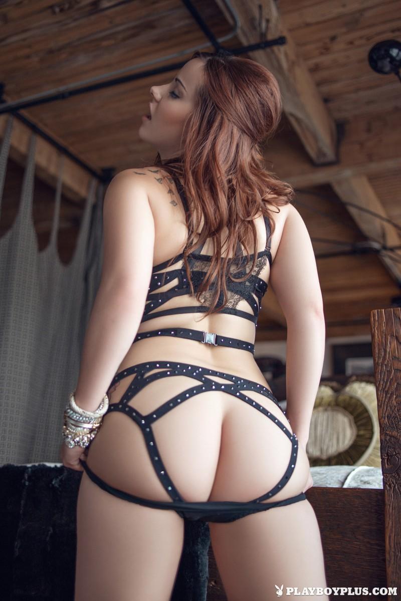elizabeth-marxs-fantasy-lingerie-nude-playboy-03